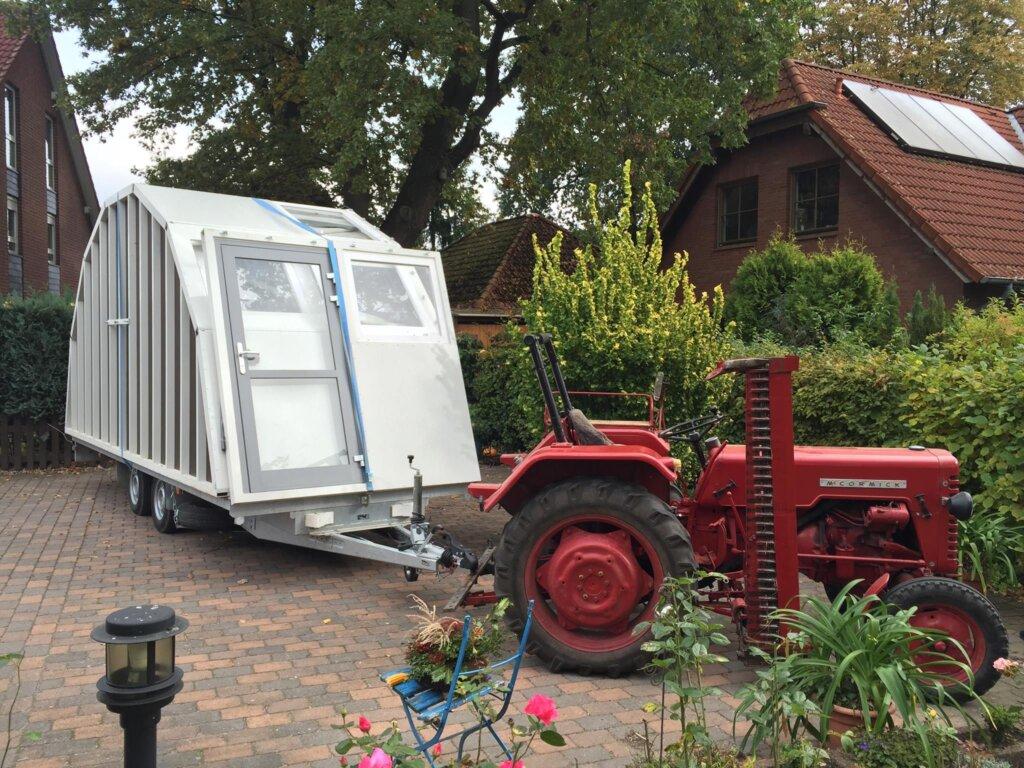 Auch mit dem Traktor die kleinste Einfahrt passieren