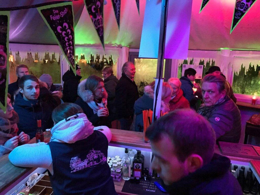 Schirmbar Party in Bielefeld